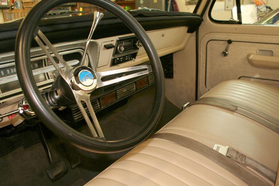 1971 Ford F100 Truck interior-Bill & Ruth H.