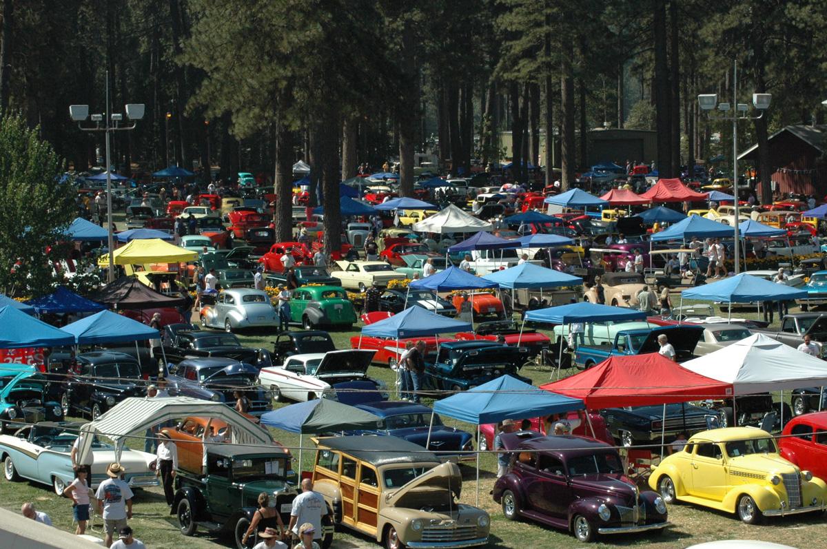 Roamin Angels Cruisin the Pines Car Show