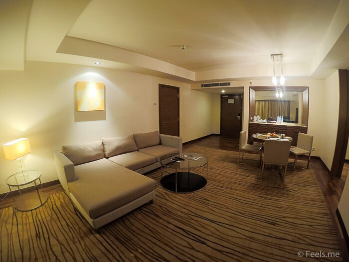 Hyatt Regency Kinabalu, Regency Suite Living Room