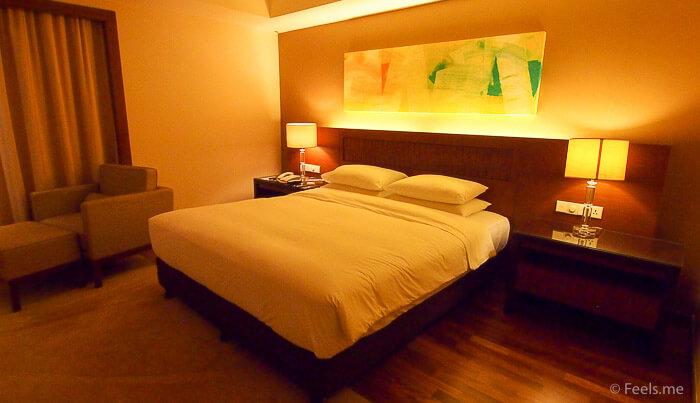Hyatt Regency Kinabalu, Regency Suite Bedroom