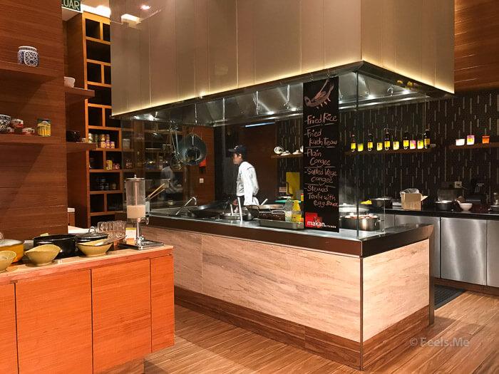 DoubleTree JB Makan Kitchen Buffet Breakfast Chinese Section