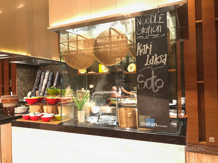 DoubleTree JB Makan Kitchen Buffet Breakfast Noddle Station