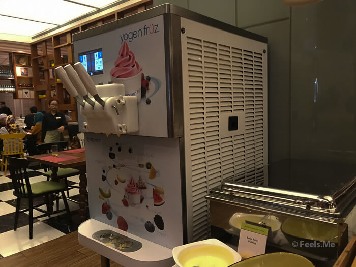 DoubleTree JB Makan Kitchen Buffet Breakfast Yogurt ice cream