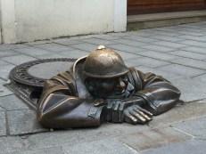 """Bratislava: Čumil a.k.a """"the watcher"""" statue"""