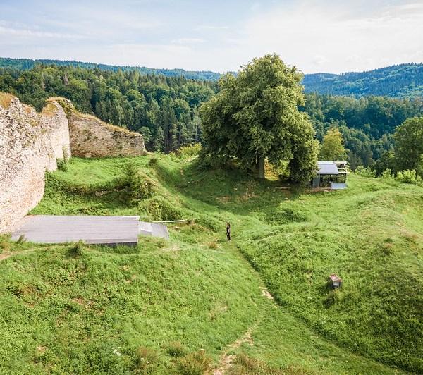 Lansperk Castle Ruins
