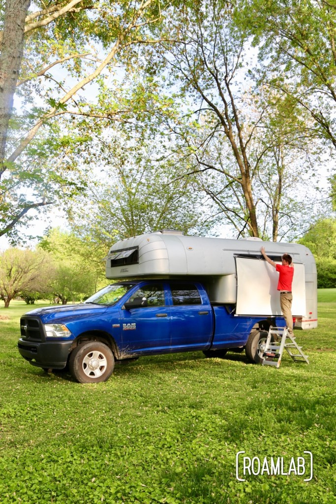 All ready for movie night with this vintage 1970 Avion C11 truck camper.