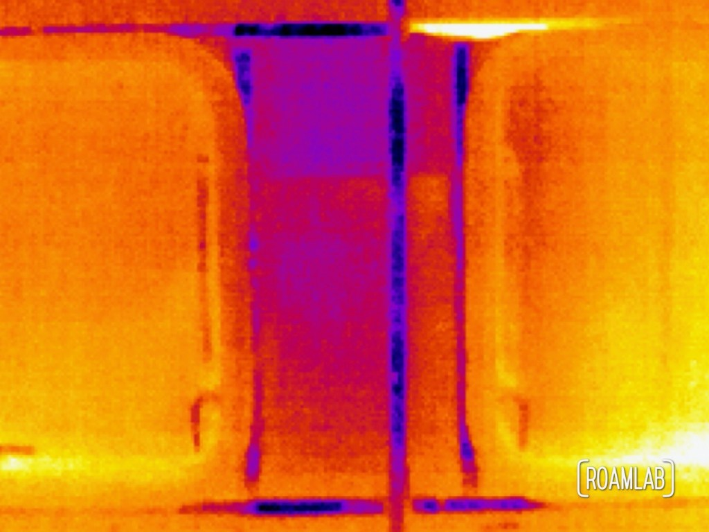 Thermal interior side shot of Avion windows with a Seek CompactPro.