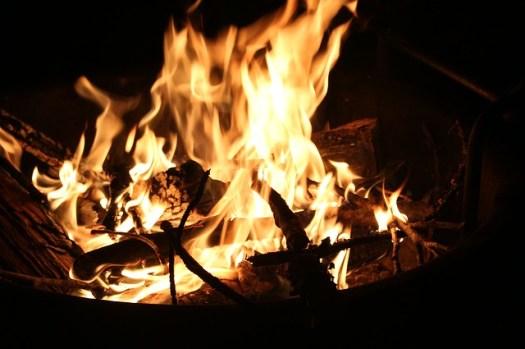 fire-1087426_640