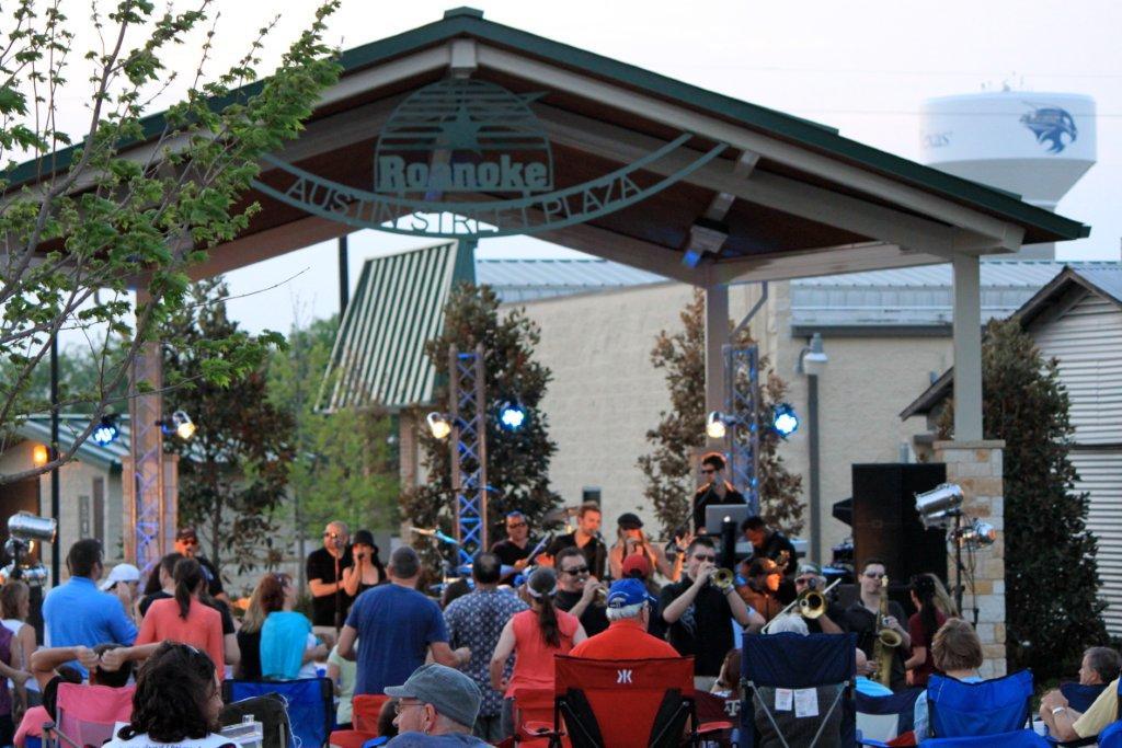 Roanoke Texas Free Evening Concert Series