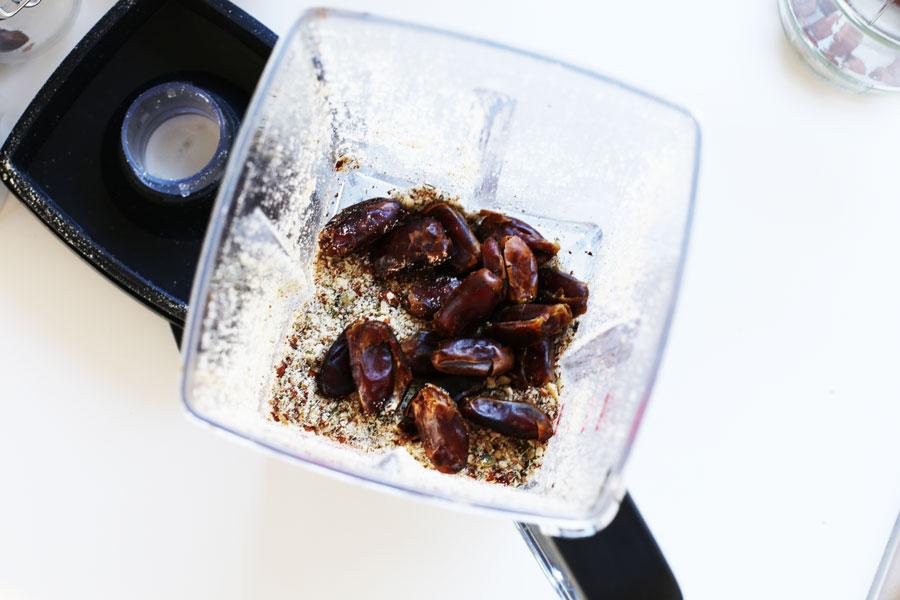 vegan raw beetroot truffle tart base