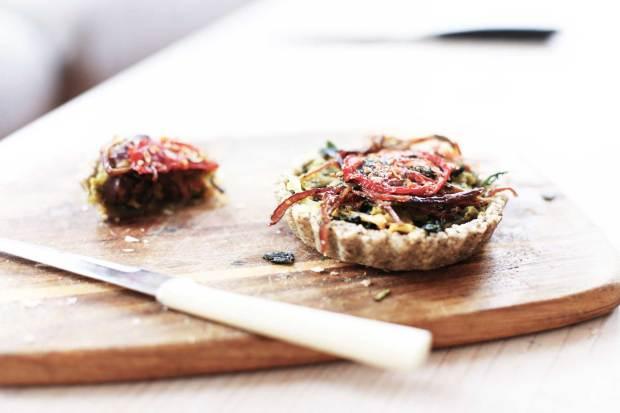 raw-onion-caramelised-tart2