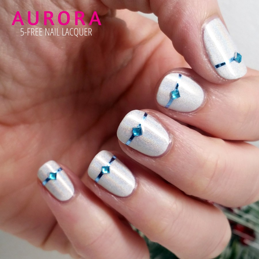 12ManisOfChristmas – Day 1: Frosty Present-Wrapped Manicure – AURORA ...