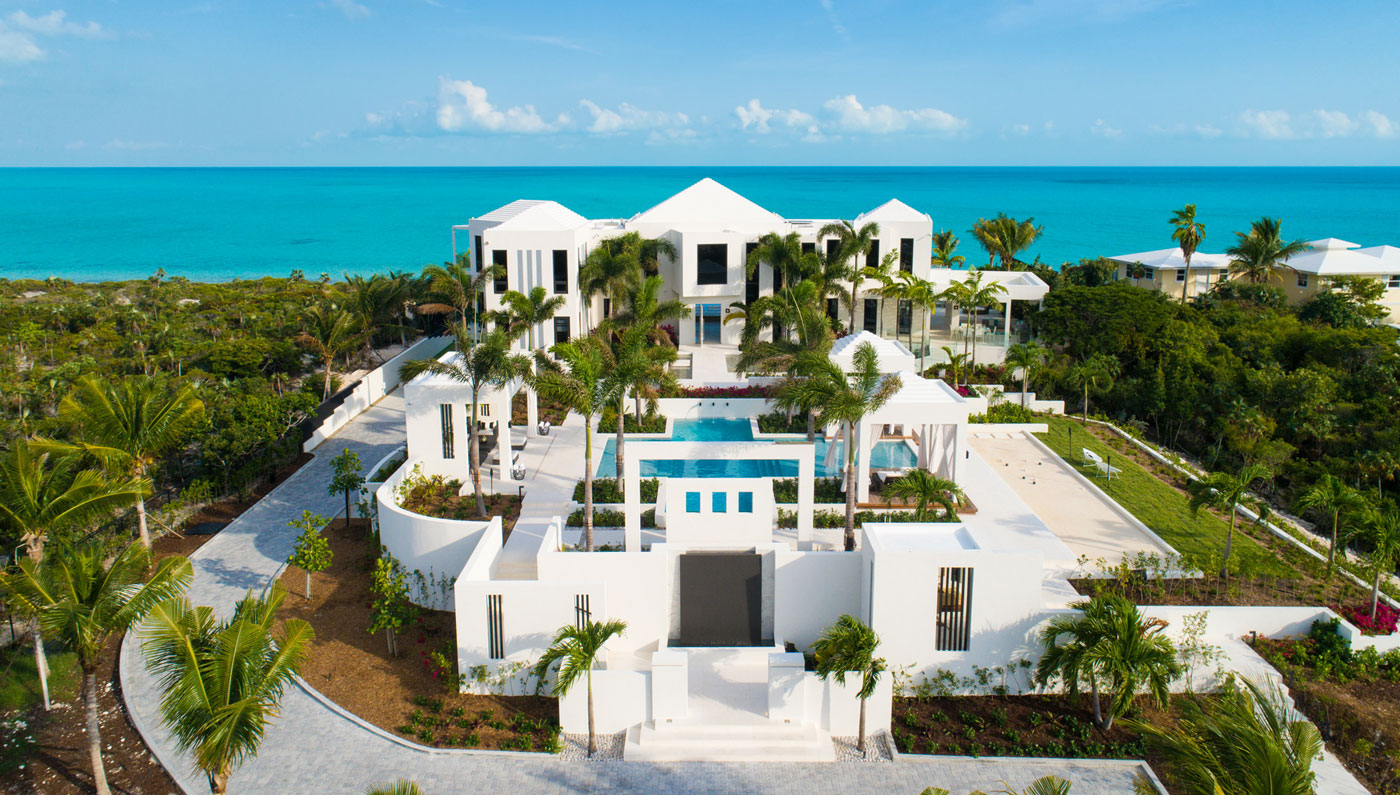 Experience Beachfront Bliss At This Vacation Villa In Turks And Caicos Robb Report