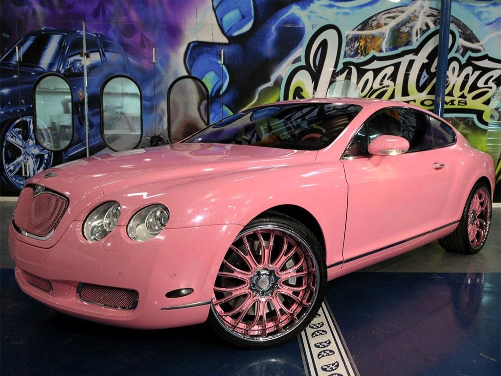 1542 3 - Nunca creerás que estos excéntricos vehículos de celebridades existan