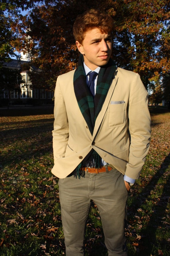 432db2b19e81a8ed217fbfd006db5225 682x1024 - Te enseñamos nueve formas de usar tu bufanda este otoño