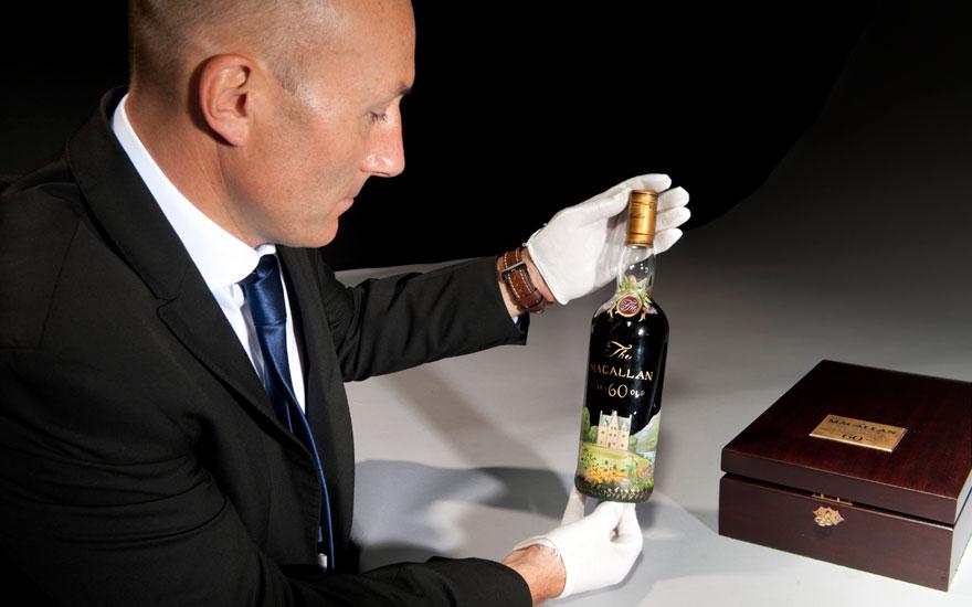 5 mins with tim triptree 880 - Los 10 objetos que más desean los multimillonarios del mundo