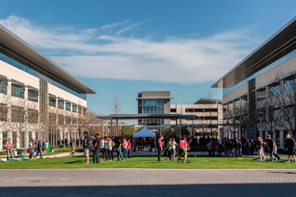 afafaffa 1 1024x683 - ¿El nuevo campus de Apple de mil millones de dólares será un misterio?