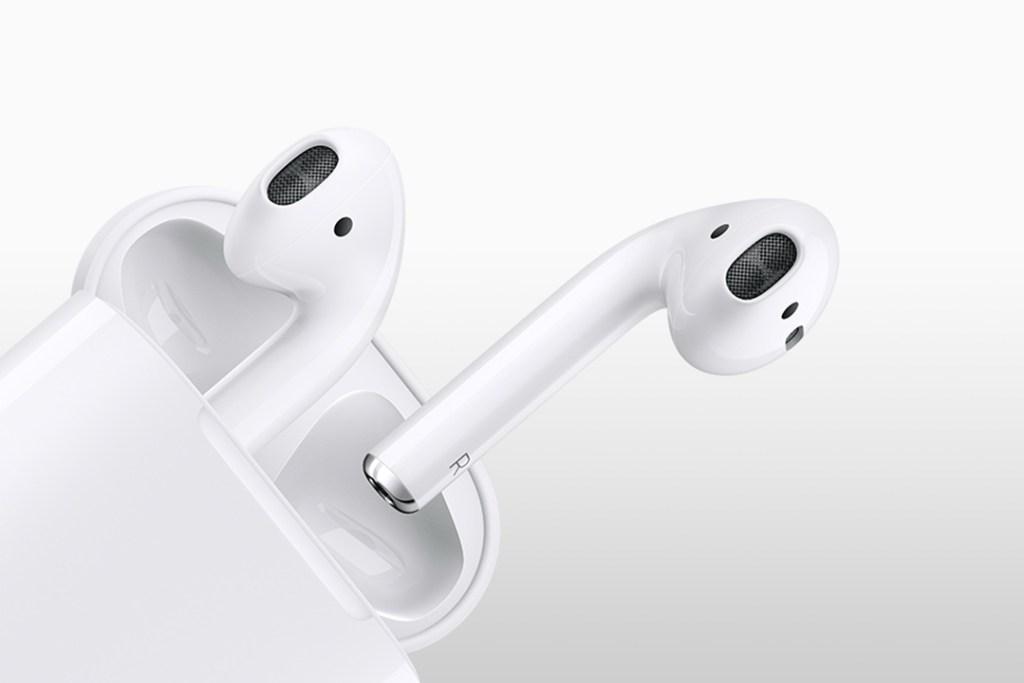 airpods3 1024x683 - Esta función te permite escuchar conversaciones ajenas desde tus AirPods