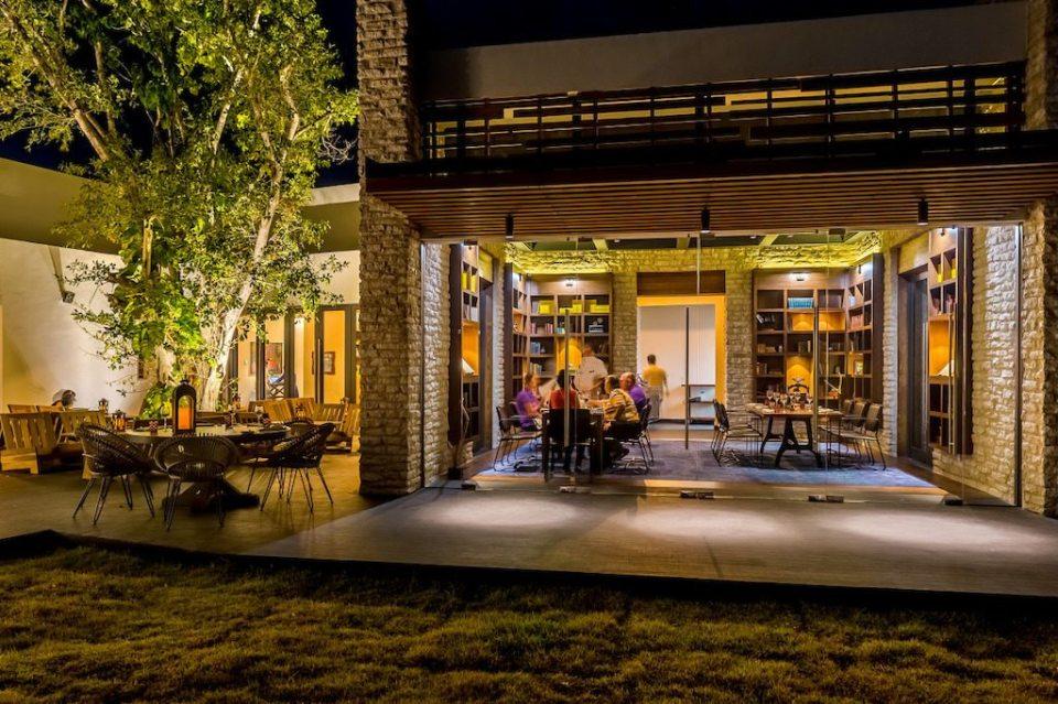 Andaz Mayakoba Casa Amate Outside View 1024x682 - Casa Amate de Andaz Mayakoba Resort nombrado mejor restaurante