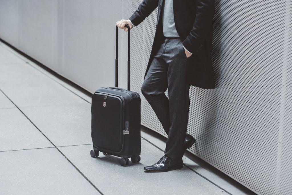 auto 3 1024x684 - Las nuevas maletas de Victorinox harán tus vacaciones más fáciles