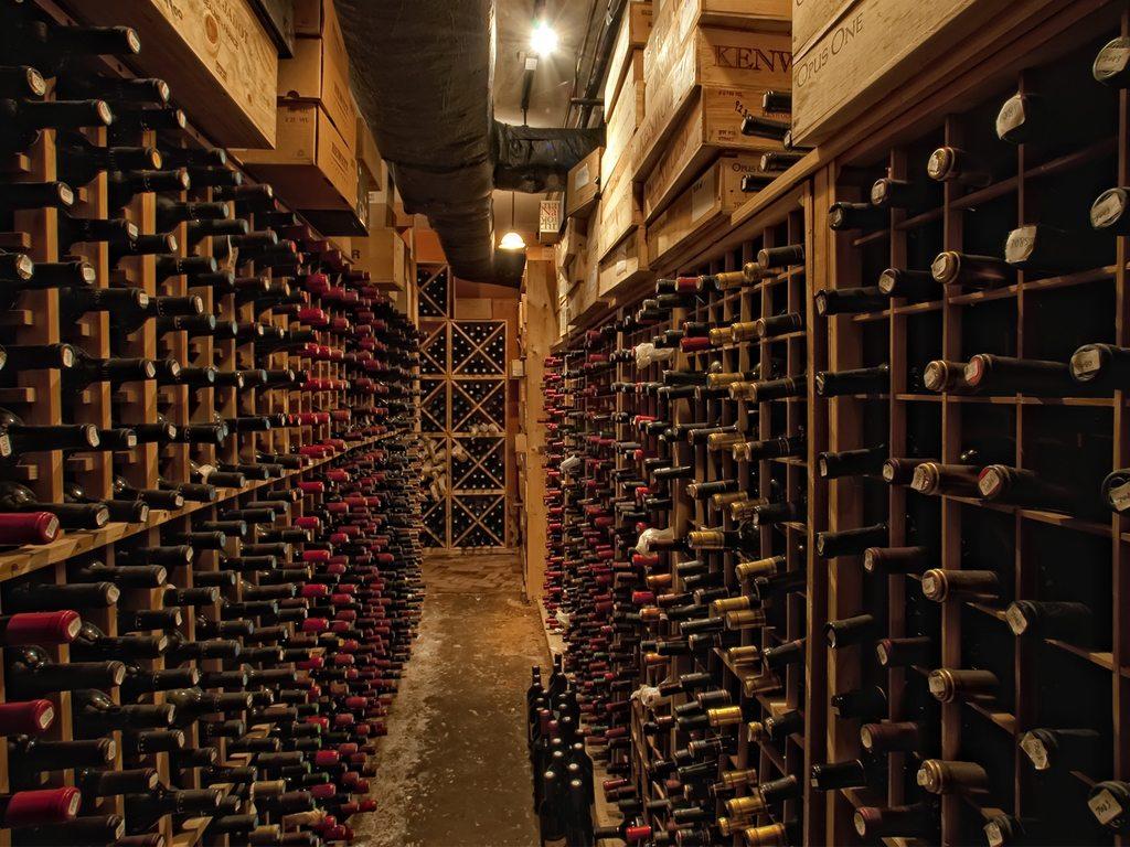 Guarda tus mejores vinos en un búnker