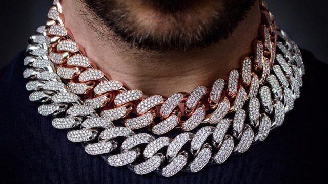 Cuban link chains en oro blanco y rosa las m%C3%A1s vendidas Foto Insta @icebox 640x360 - Negocios, lujo y excentricidades… Todo pasa en el mundo del Hip Hop, descúbrelo