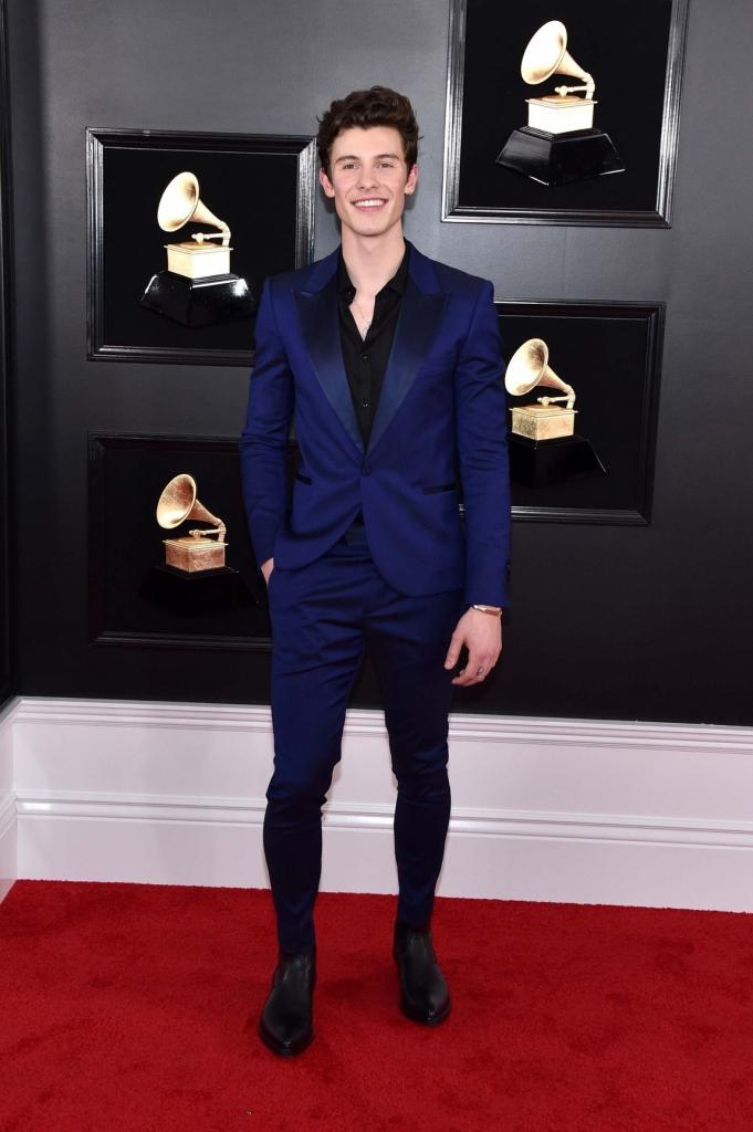 grammys 4 681x1024 - Los mejores trajes para esta temporada los encontramos en los Grammy