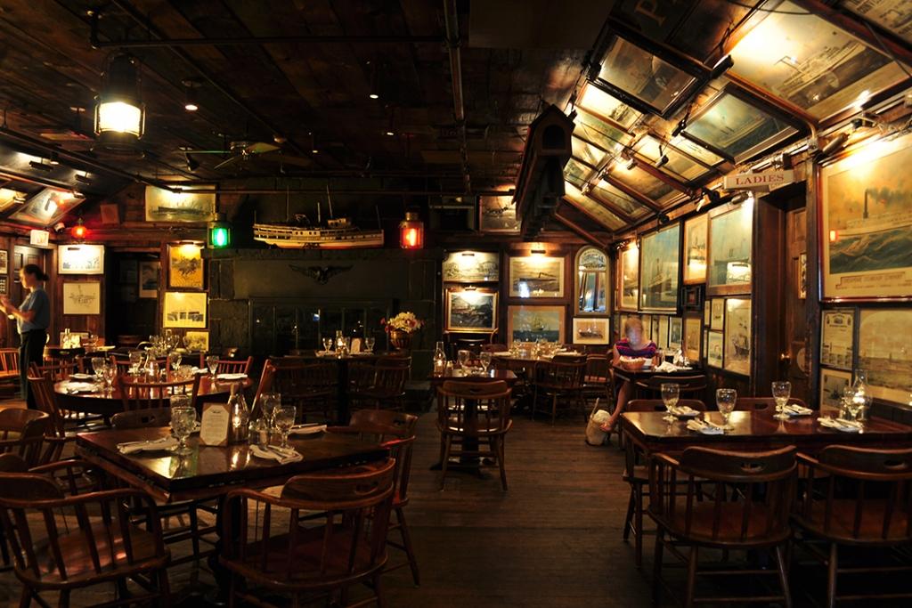 Griswold Inn Essex 1024x683 - Estos son los restaurantes más antiguos del mundo