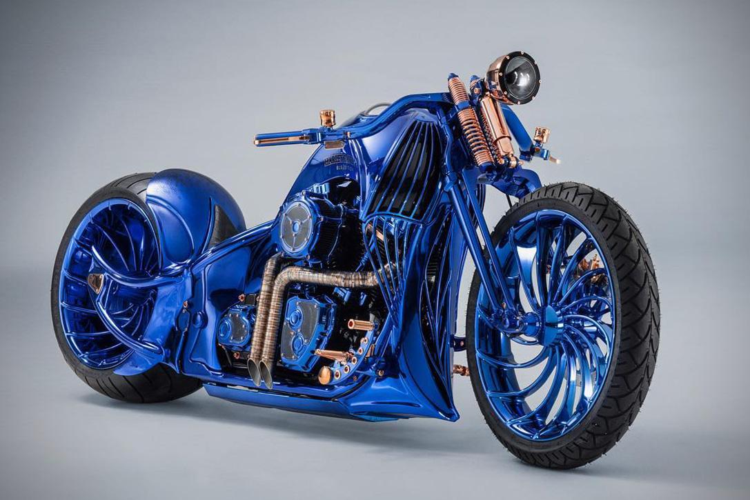 Harley Davidson Blue Edition Cruise By Bucherer 01 - Harley-Davidson Blue Edition, la moto de 2 millones de dls que amarás