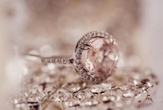 historia anillo compromiso 2 - Así es cómo ha cambiado el anillo de compromiso a través de los años