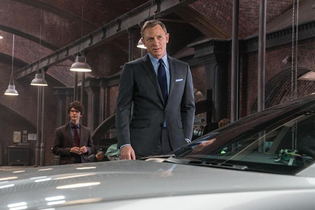 james bond2 1024x683 - Estos cinco objetos demuestran que James Bond es el gentleman favorito del cine