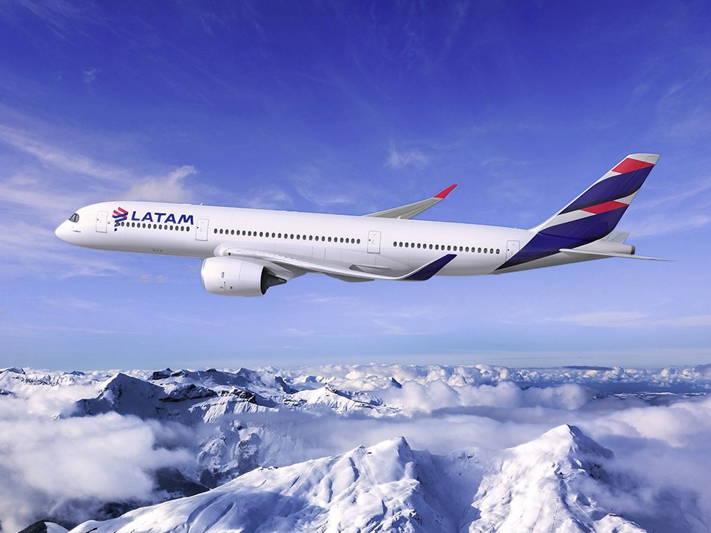 Nace la nueva aerolínea LATAM