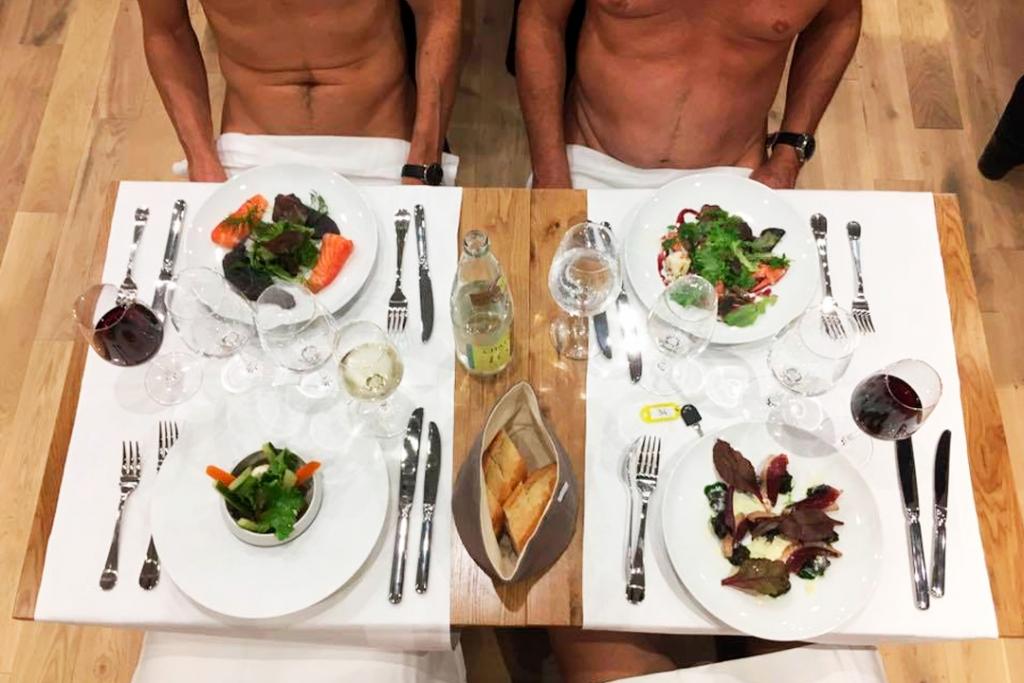 Naked 2 1024x683 - En febrero es tu última oportunidad para cenar desnudo en este restaurante de París