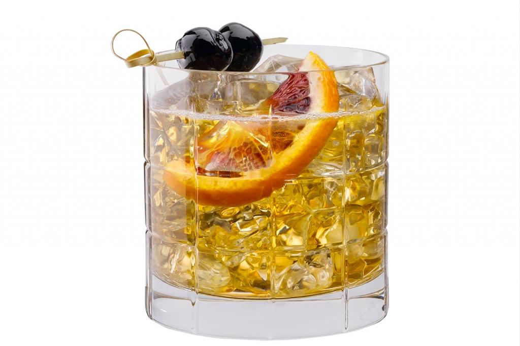 New Fashioned 1024x683 - Lúcete esta navidad con estos cócteles preparados con Tequila Herradura