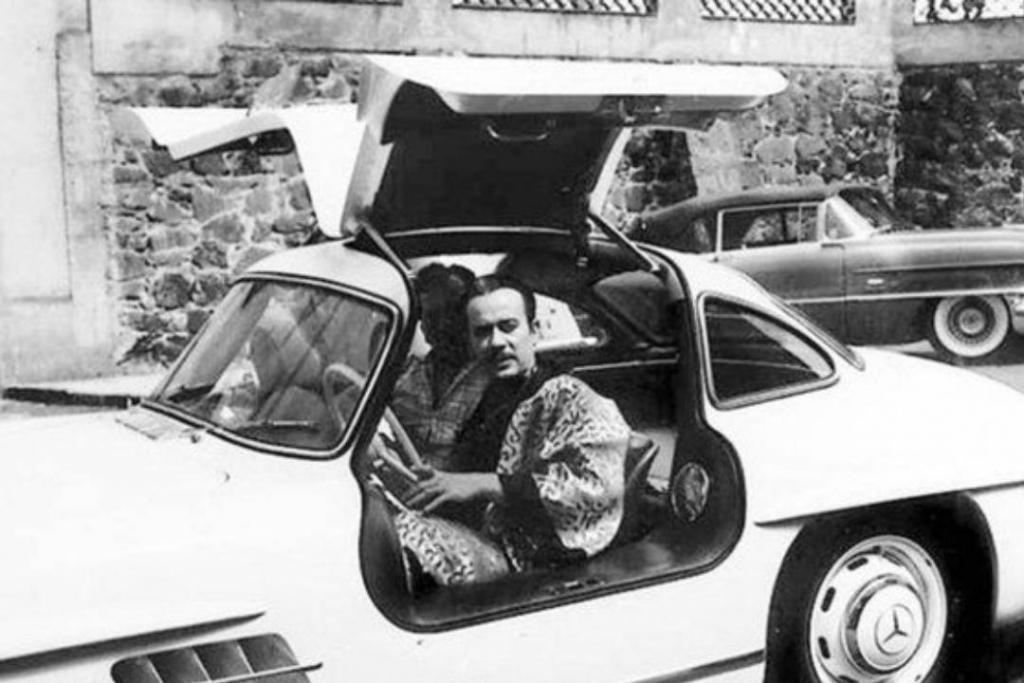 New Project 2019 04 15T120614.092 1024x683 - Te contamos la historia del auto más lujoso de Pedro Infante