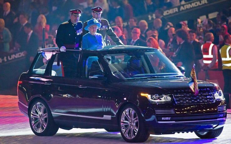 piam - ¿Por qué la reina Elizabeth no volverá a conducir su Rolls-Royce nunca más?