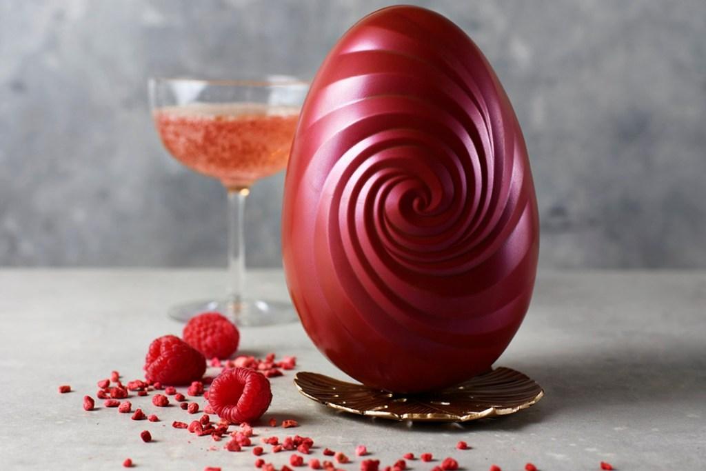 Celebra esta temporada de pascuas con Proseggo, un huevo infusionado de Prosecco