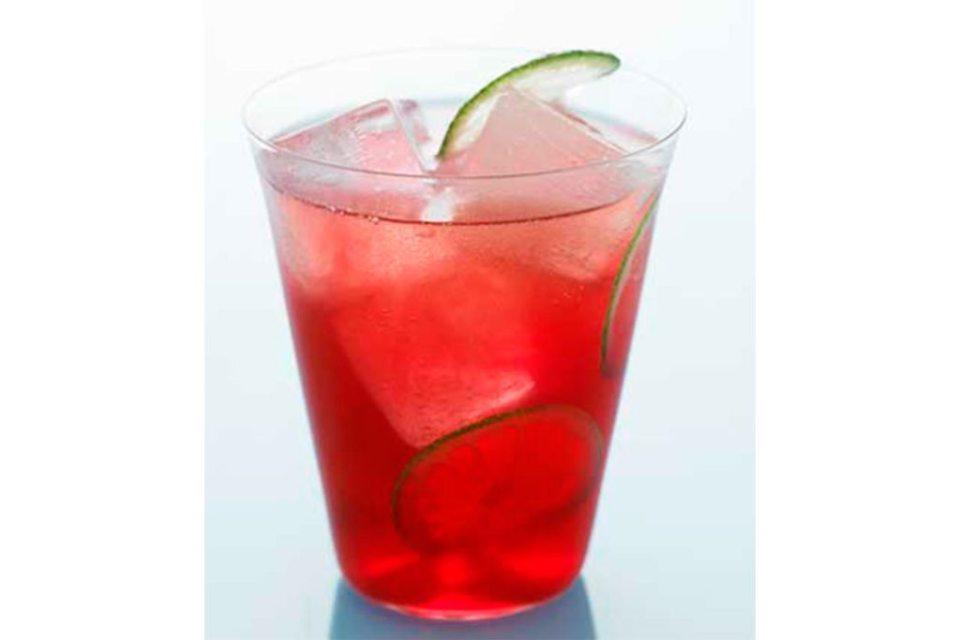 recipe original cape fizz feature 1024x683 - Siete cócteles que puedes preparar con Vodka Grey Goose