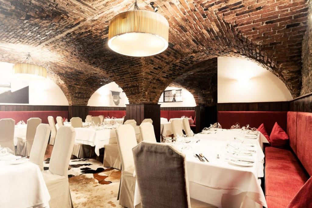 St. Peter Stiftskulinarium Salzburg 1024x683 - Estos son los restaurantes más antiguos del mundo