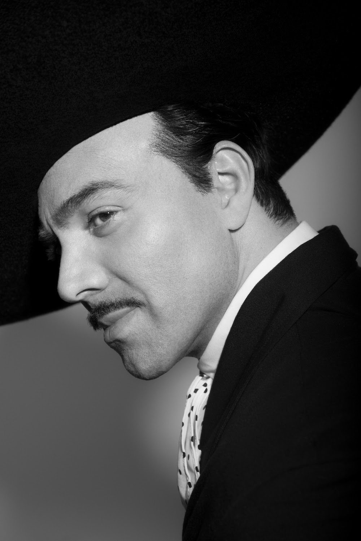unnamed 1 - Mira la primera imagen de Omar Chaparro interpretando a Pedro Infante