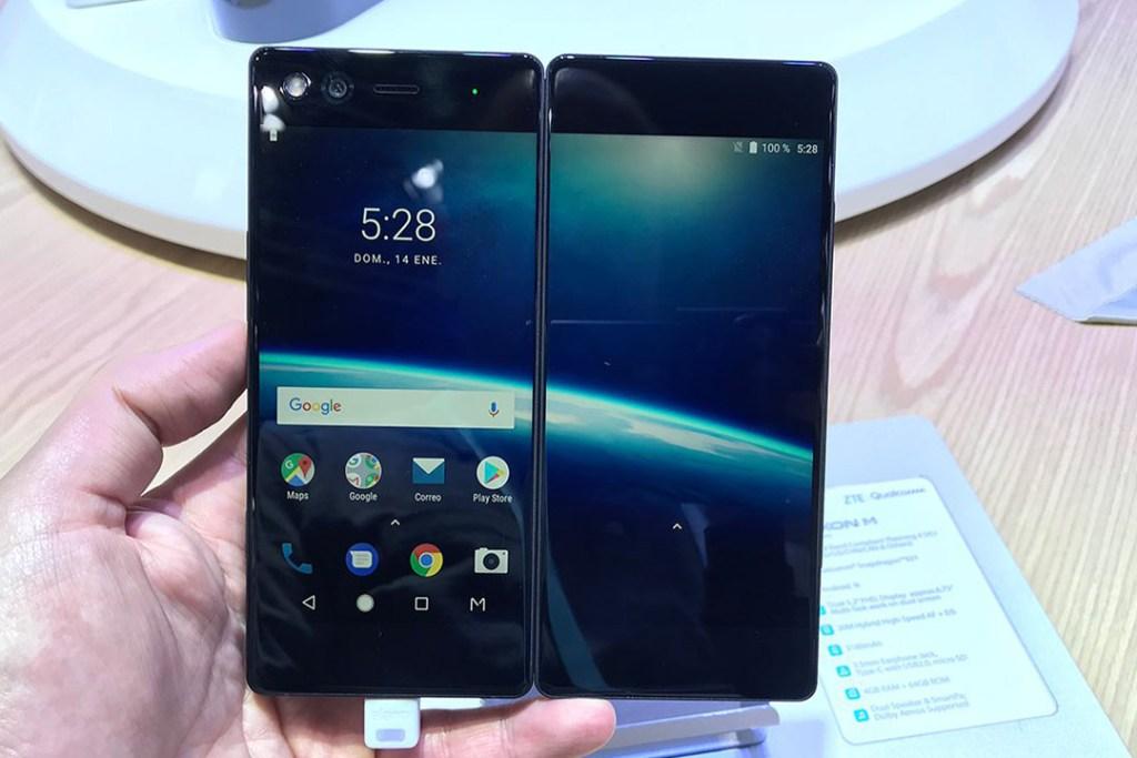 Probamos el smartphone plegable con dos pantallas de ZTE