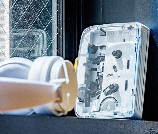 """¡Desempolva tus casetes! El famoso """"walkman"""" está de regreso ahora con bluetooth"""