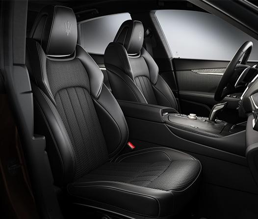 Vas a amar las nuevas ediciones especiales de Maserati con interiores de Zegna