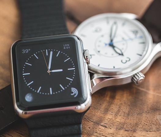 Smartwatches vs. relojes tradicionales ¿Cuáles son mejores?