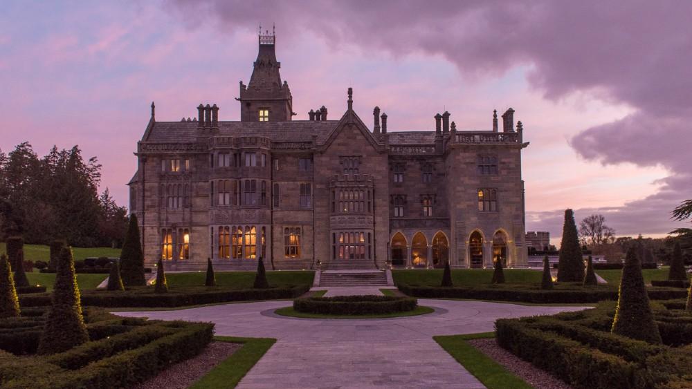 Este castillo irlandés te tratará como un whisky exclusivo