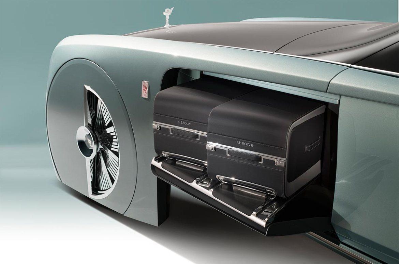 Rolls-Royce-103EX-el-auto-del-futuro-vuelve-a- casa