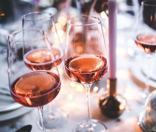 3 razones por las que el vino rosado NO es sólo para mujeres