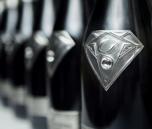 Conoce las botellas de champagne más exclusivas para brindar este fin de año