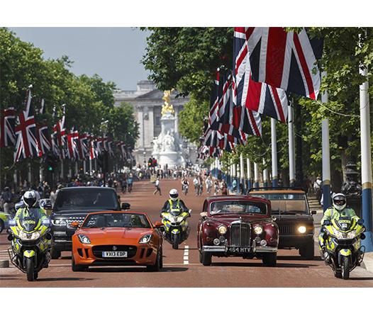 Este exclusivo auto conducido por la Familia Real Británica pronto saldrá a la venta