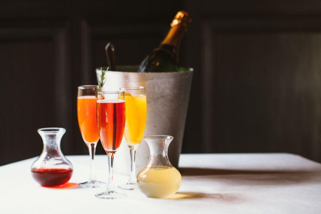7 cócteles de champán para recibir el Año Nuevo con distinción